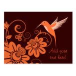 Colibri y flores postal