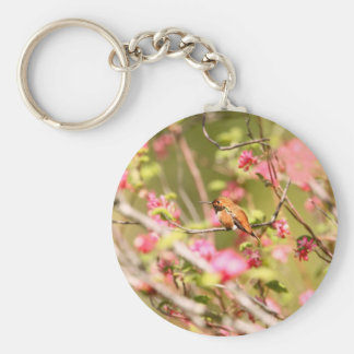 Colibrí y flores rufos llaveros personalizados