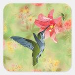 Colibrí y lirio rosado en estampado de flores pegatinas cuadradases personalizadas