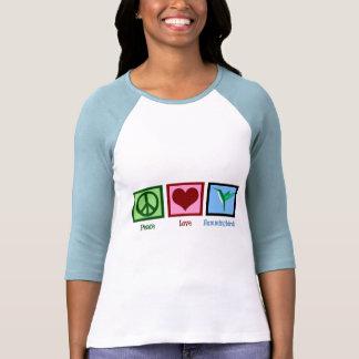Colibríes del amor de la paz camiseta