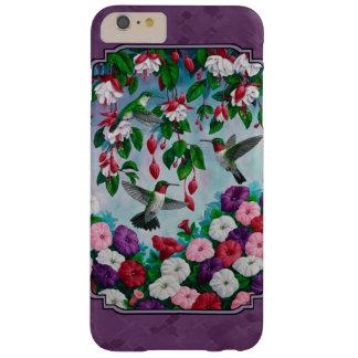 Colibríes y flores púrpuras funda de iPhone 6 plus barely there