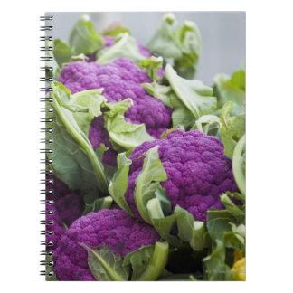 Coliflor púrpura spiral notebooks