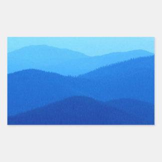 Colinas azules pegatina rectangular