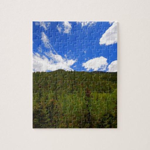 Colinas del árbol del azul de cielo de la naturale rompecabezas