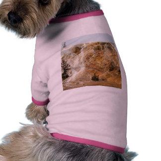 Colinas rojas camiseta con mangas para perro