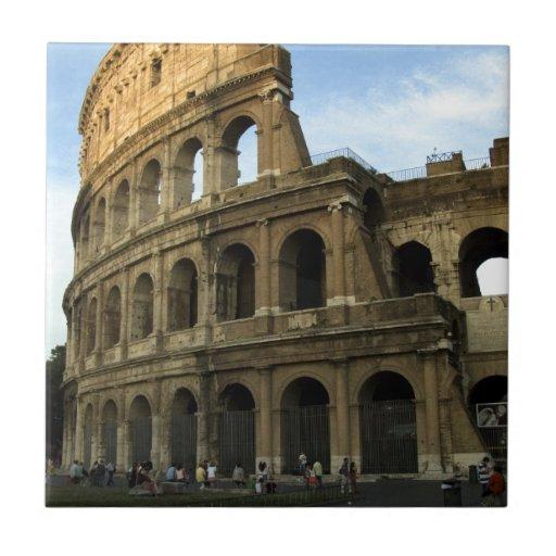 Coliseo en la puesta del sol azulejo cerámica