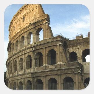 Coliseo en la puesta del sol pegatina cuadrada