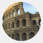 Coliseo en la puesta del sol pegatinas redondas
