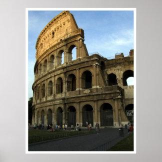 Coliseo en la puesta del sol póster