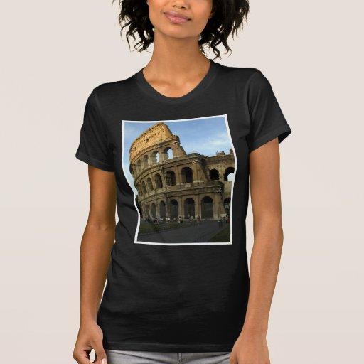 Coliseo en la puesta del sol t shirt