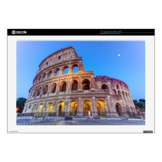 Coliseo en Roma, Italia Skins Para 43,2cm Portátiles