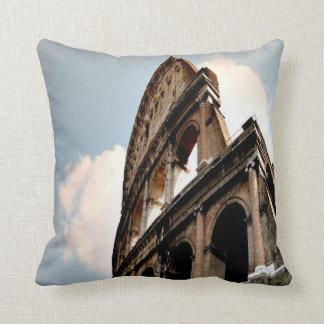 Coliseo romano cojín