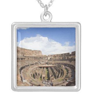 Coliseo romano, opinión de ojo de pescados joyería