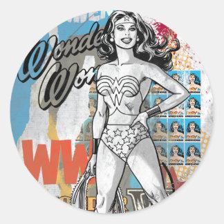 Collage 2 de la Mujer Maravilla Pegatina Redonda