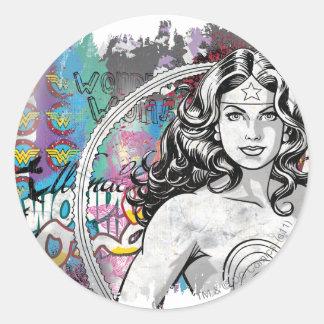 Collage 6 de la Mujer Maravilla Pegatina Redonda
