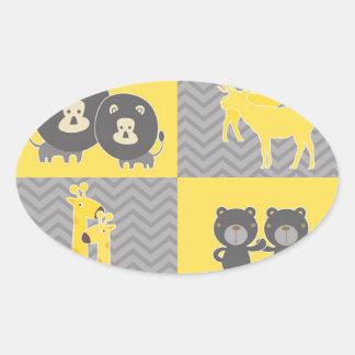 Collage animal en el llano y el galón del zigzag calcomanías de ovales personalizadas