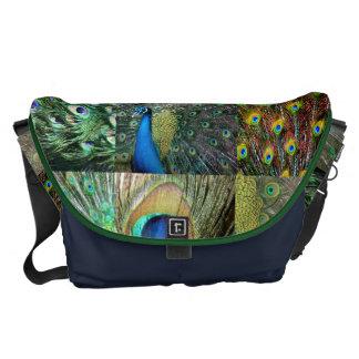 Collage azulverde de la foto del pavo real bolsas messenger