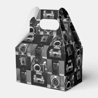 Collage de la cámara en caja del favor del aguilón caja para regalos de fiestas