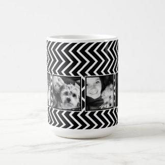 Collage de la foto con el modelo blanco y negro de taza de café