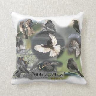 Collage de la foto de los pájaros de Phoebe Cojines