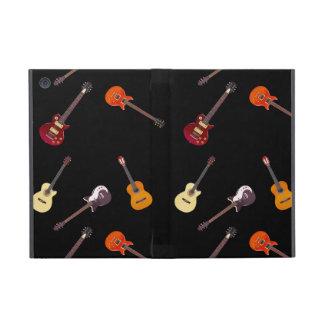Collage de la guitarra acústica eléctrica y iPad mini carcasa