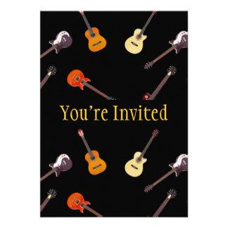 Collage de la guitarra acústica eléctrica y anuncios
