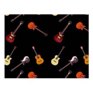 Collage de la guitarra acústica eléctrica y tarjeta postal