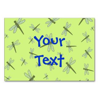 Collage de la libélula del vector fondo verde