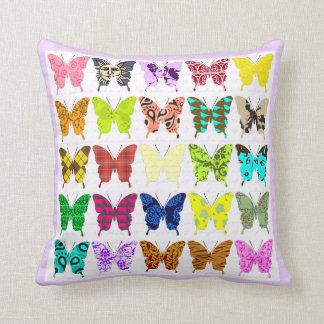 Collage de la mariposa cojin