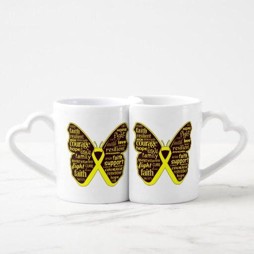 Collage de la mariposa del cáncer del osteosarcoma tazas para enamorados