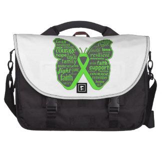Collage de la mariposa del linfoma de Non-Hodgkins Bolsas Para Portátil
