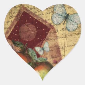 Collage de la mariposa del recuerdo del vintage pegatina en forma de corazón