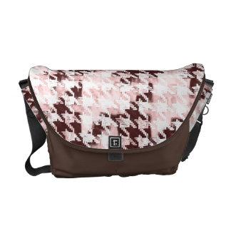 collage de la moda del houndstooth - rosa y marrón bolsa messenger