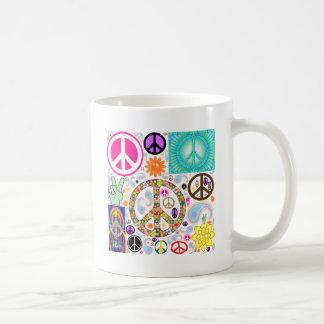 Collage de la paz taza