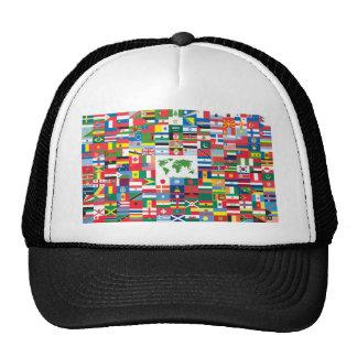 Collage de las banderas de país de todas partes de gorro de camionero