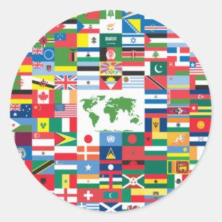 Collage de las banderas de país de todas partes pegatina redonda