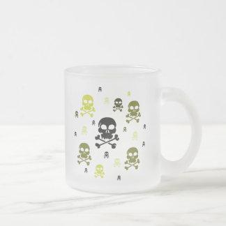 Collage de los cráneos del dibujo animado - taza de cristal