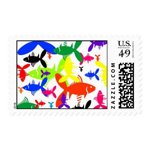 Collage de los pescados de arco iris sellos