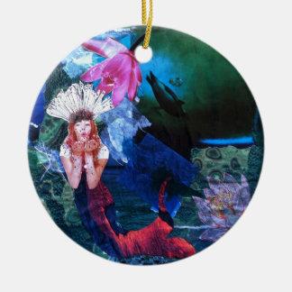 Collage del arte de la diosa de Mermaig con los Adorno Navideño Redondo De Cerámica
