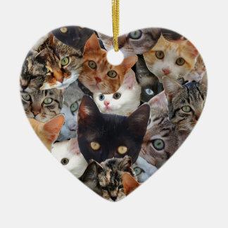Collage del gatito adorno navideño de cerámica en forma de corazón