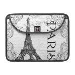 Collage negro y blanco de la torre Eiffel de París Funda Macbook Pro