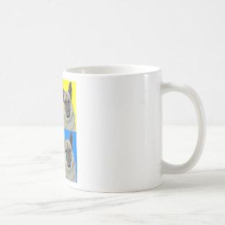 Collage primario brillante del pastor alemán taza básica blanca