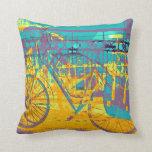 collage urbano colorido de la bici almohadas