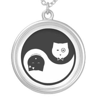 Collar #1 de Yin Yang de los gatitos de los