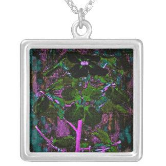 Collar abstracto floral