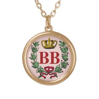 Collar adornado del monograma con la corona y el l