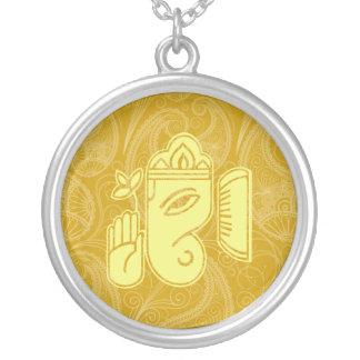 Collar amarillo de la plata esterlina de Ganesha