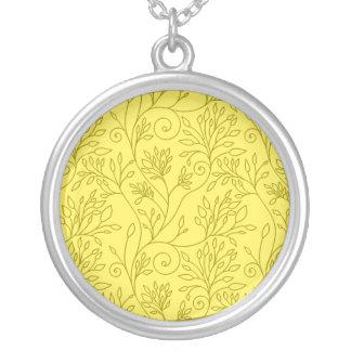 Collar amarillo floral elegante