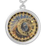 Collar astronómico del reloj