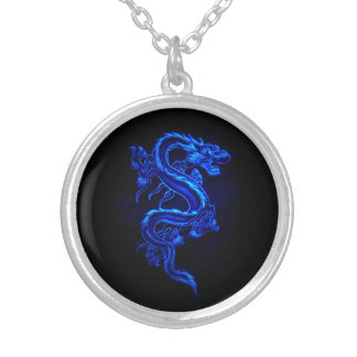 Collar azul asiático del dragón